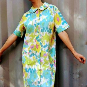 VTG Color Block Graphic Floral 60s Muumuu Dress